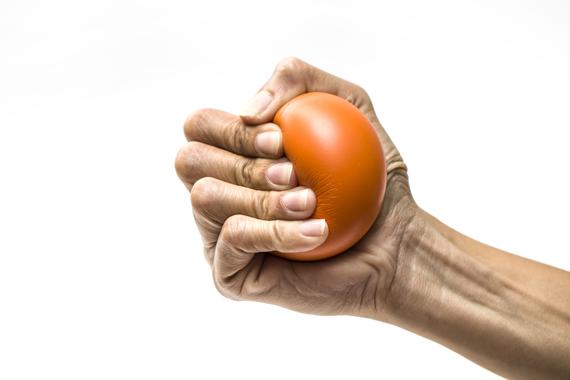 Care este legătura dintre stres și tensiunea arterială ridicată